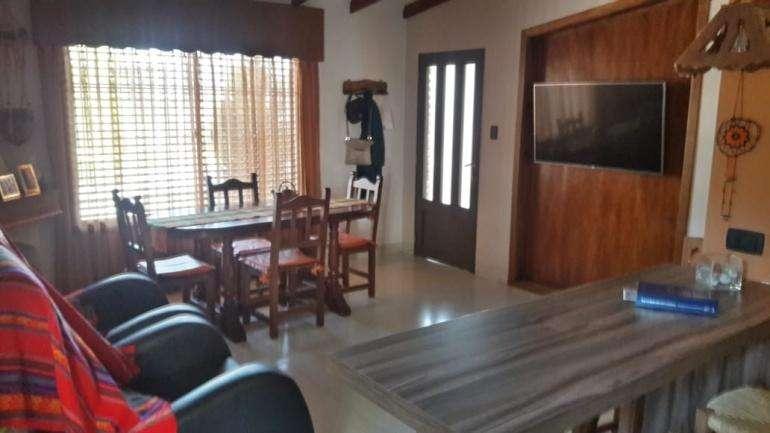 Casa de 3 dormitorios/ Zona Paracao/ lista para entrar a vivir