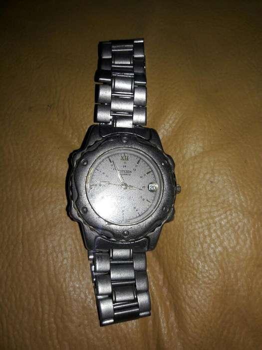 Reloj Titanium de 1688 Y Quarz de Dama