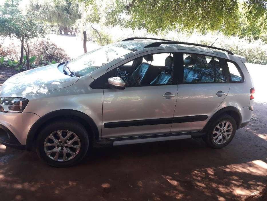 Volkswagen Suran Cross 2013 - 109000 km