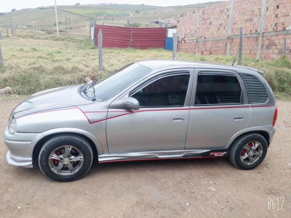 Chevrolet Corsa 4 Ptas. 1996 - 256 km