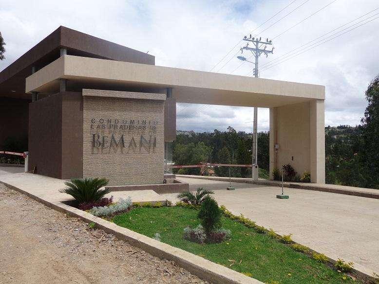 Departamento en Venta / Conjunto Las Praderas de Bemani/ Cuenca