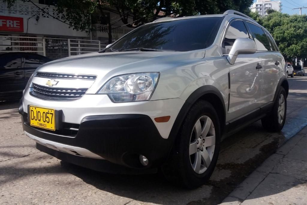 L.m Autos Vende Chevrolet Captiva 2.4