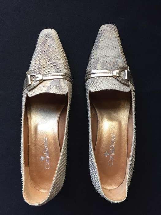 Zapatos de cuero en exelente estado