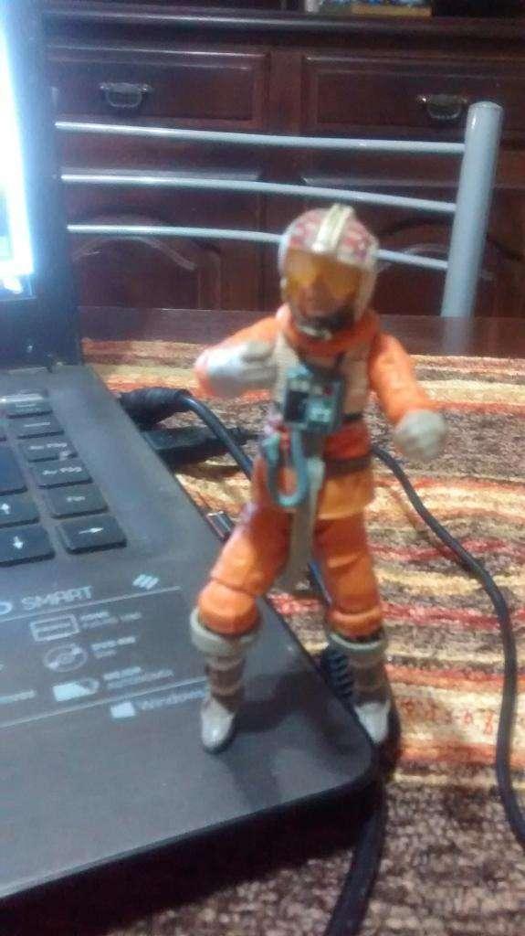 muñeco articulado astronauta
