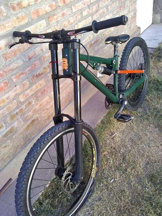 Bicicleta de Descenso Rod 27.5