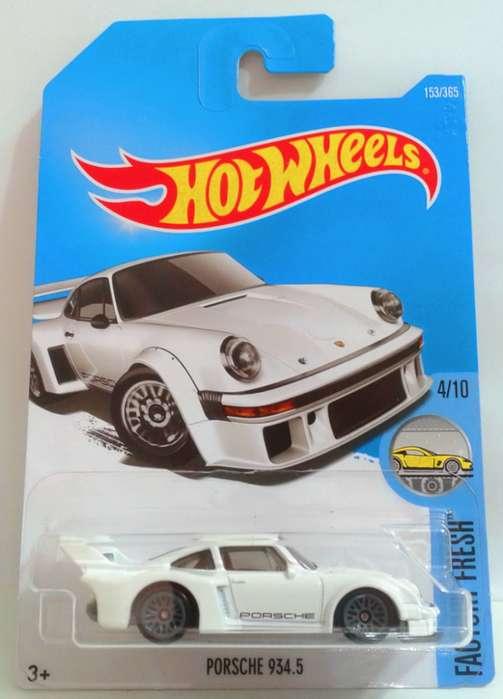 Hot Wheels Porsche 934.5 / 0992786809