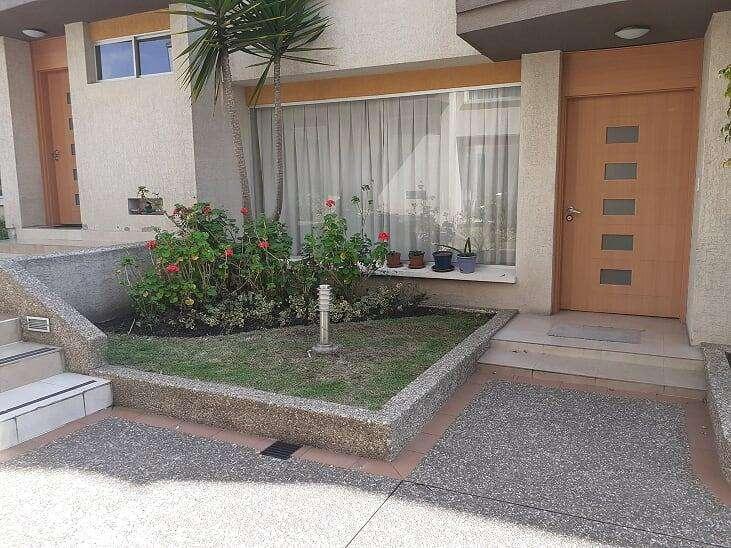 Hermosa y Amplia Casa, Sector Residencial, Ponceano, 236 m². Alta Plusvalía