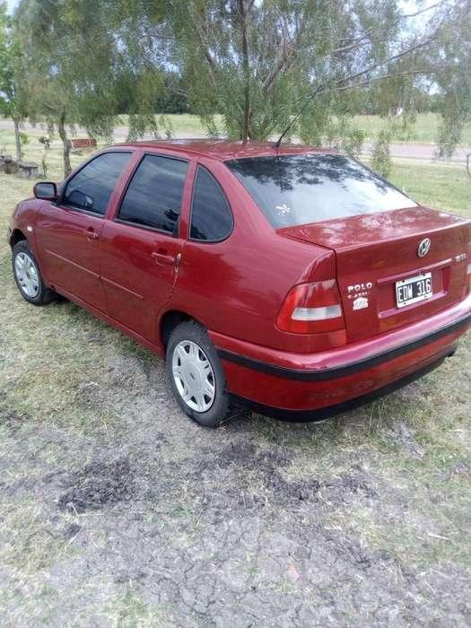 Volkswagen Polo 2003 - 279000 km