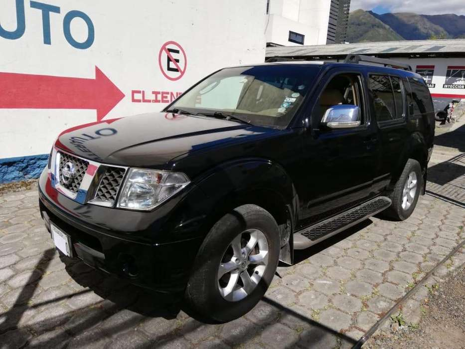 Nissan Pathfinder 2008 - 136000 km