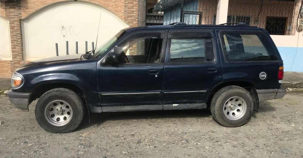 Ford Explorer 1997 - 200000 km