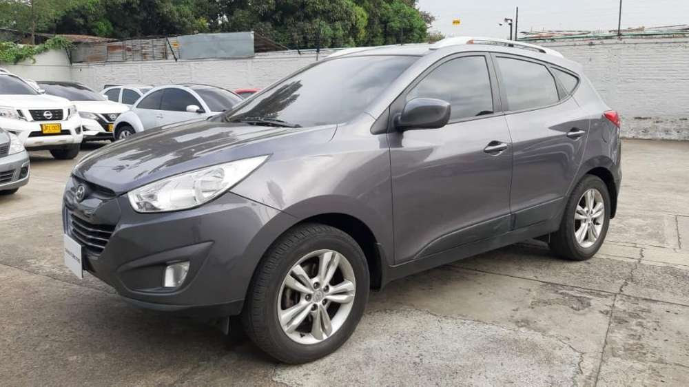 Hyundai Tucson ix-35 2012 - 52700 km