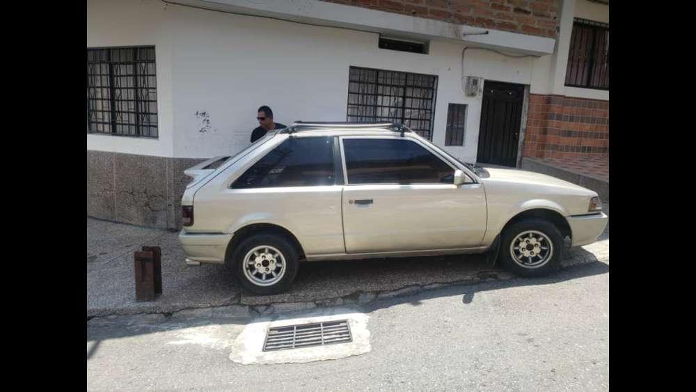 Mazda 3 1993 - 180000 km