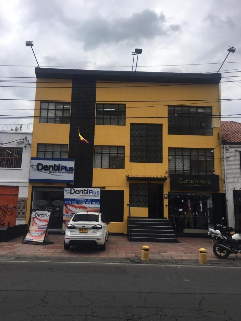 EDIFICIO DE 4 PISOS CON TERRAZA APARTAESTUDIO CHAPINERO