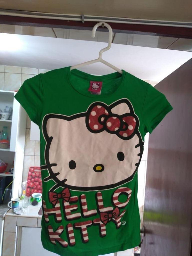 """POLO PARA GIRLS """"HELLO KITTY"""",ORIGINAL,NUEVO,TALLA 7,8 y 9 POR 20 SOLES"""