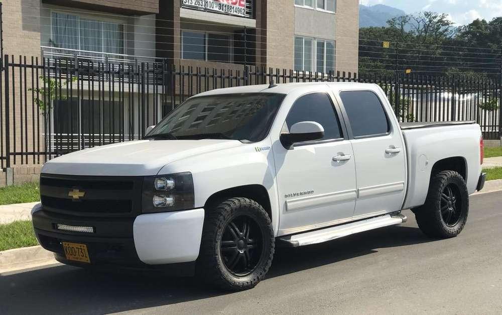 Chevrolet Silverado 2011 - 79000 km