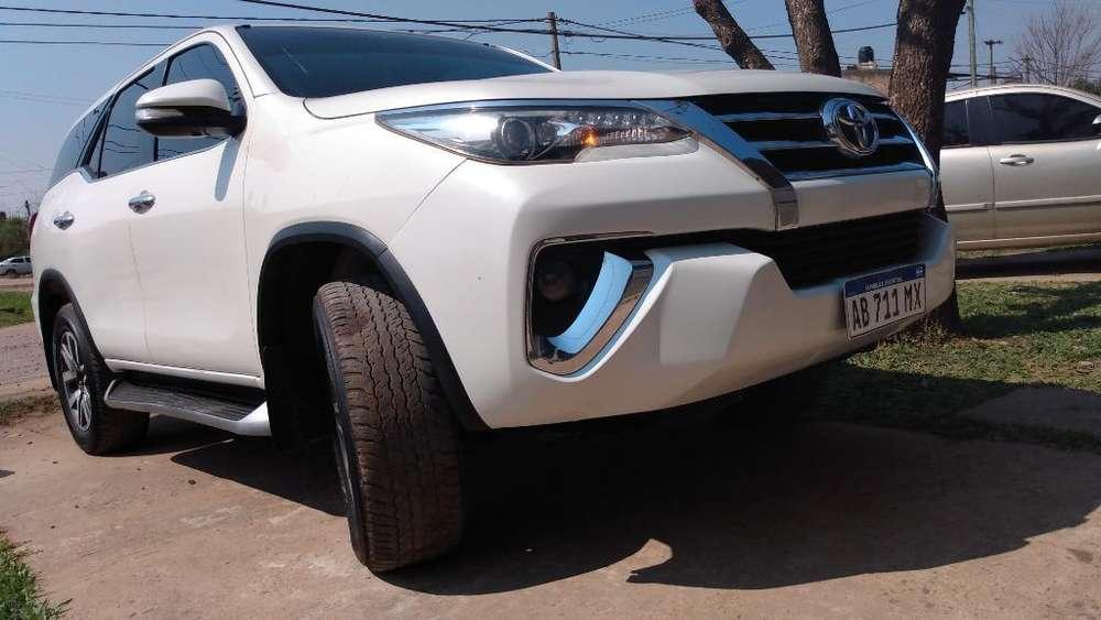 Toyota Hilux SW4 2017 - 73000 km