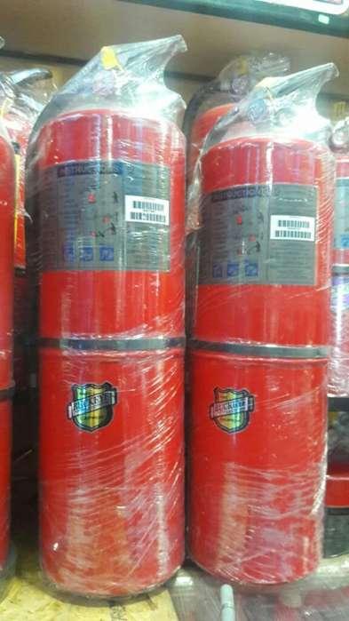 Extintores de 30libras 949392843