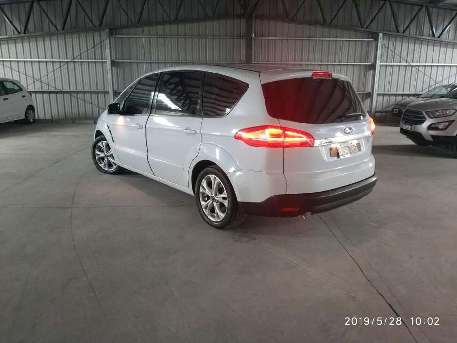 Ford S-Max  2012 - 77000 km