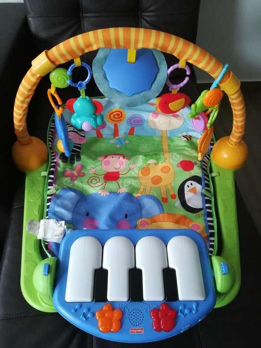 Fisher Price Pataditas Gimnasio, Piano