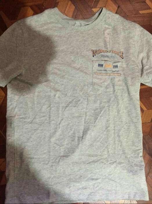 Camiseta Gap ( Nueva)