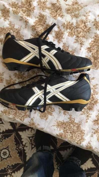 Zapatos de ftbol ASICS