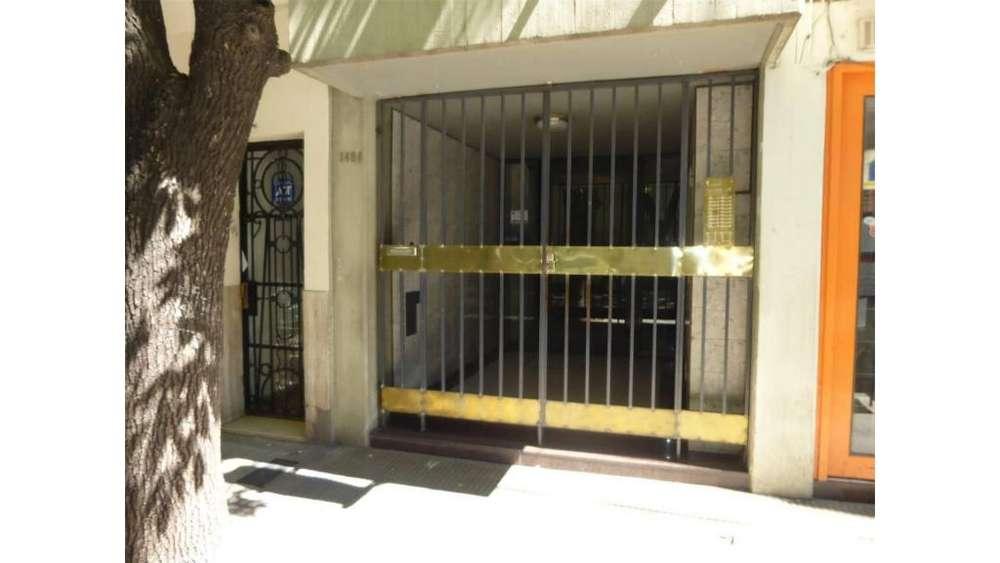 Juan Manuel De Rosa 1400 - UD 80.000 - Departamento en Venta