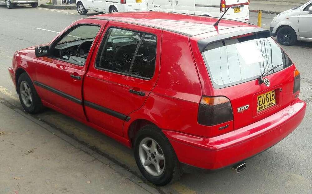 Volkswagen Golf 1994 - 260000 km