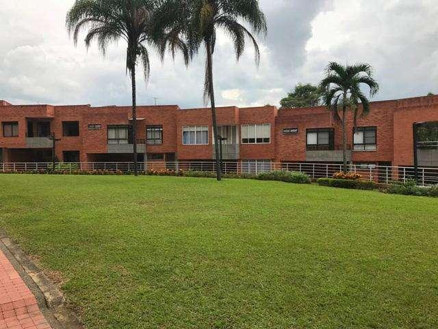Espectacular Casa condominio Ciudad Jardin