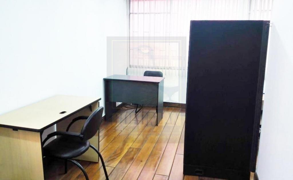 Rumipamba, oficina, semi amoblada, 25 m2, 1 ambiente