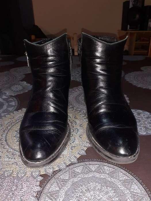 Botitas Y Zapatos