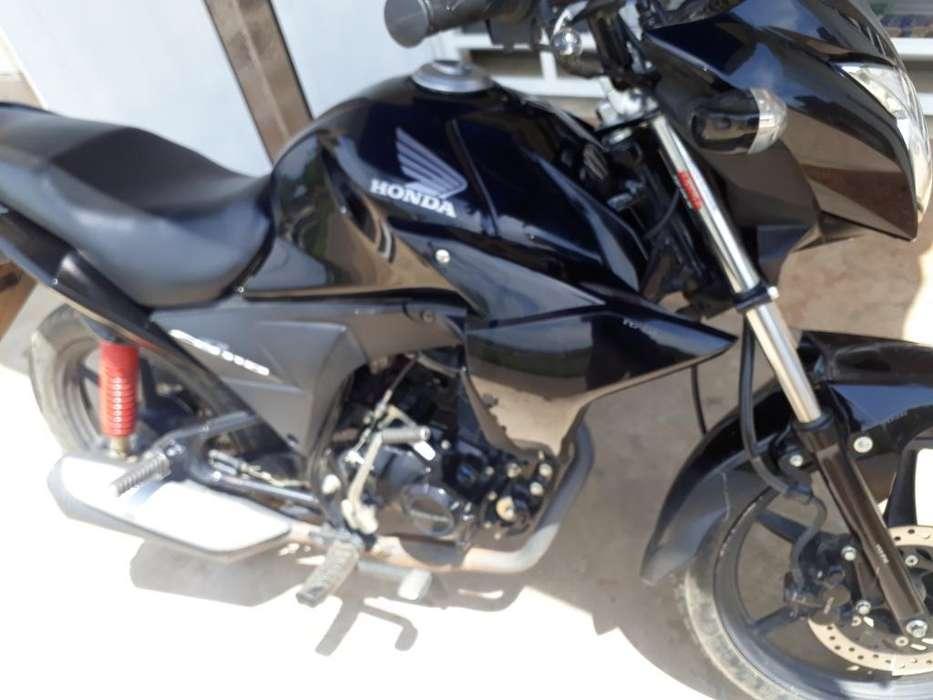 Vendo <strong>moto</strong> Barata en Buen Estado