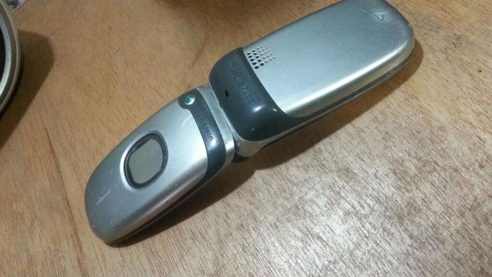 Sony Ericsson Z300 Clásico