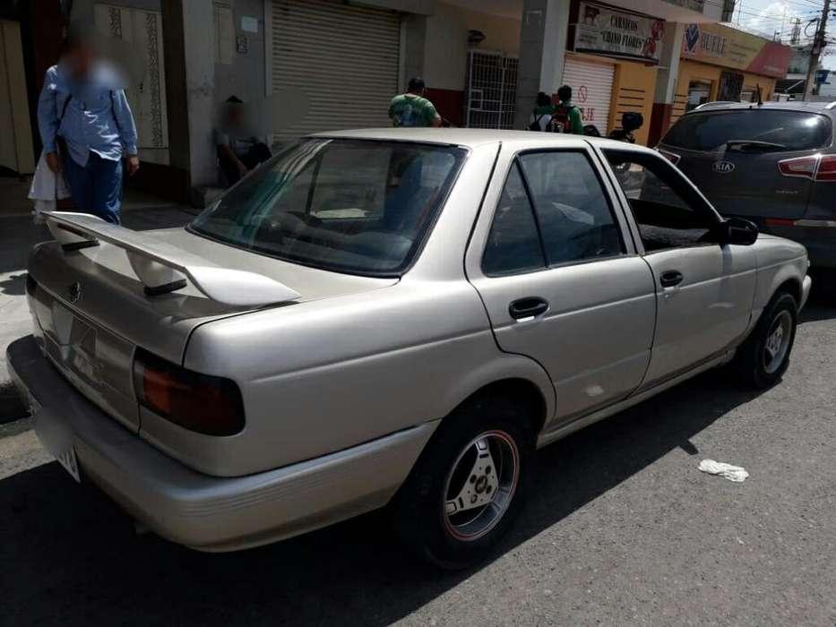 Nissan Sentra 2010 - 195000 km