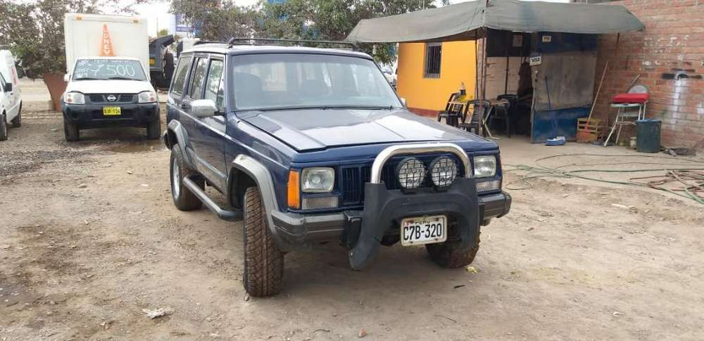 JEEP Cherokee 1992 - 100 km