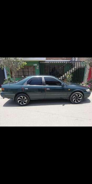 Toyota Camry 1997 - 260000 km