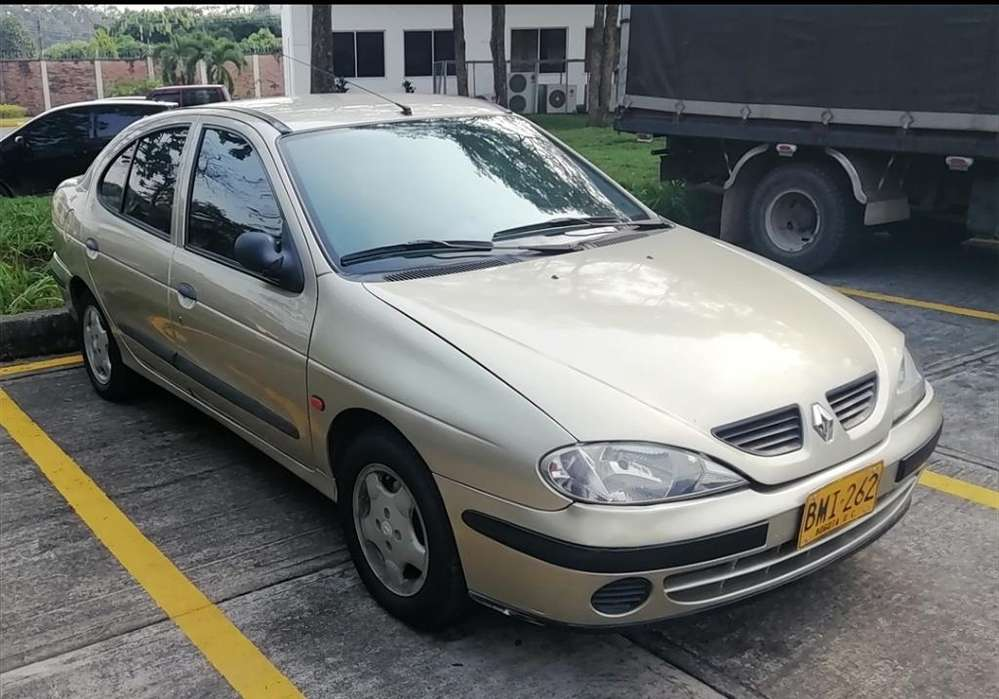 Renault Megane  2002 - 119500 km