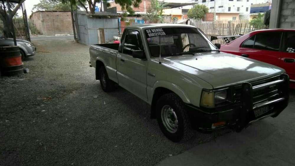Mazda Otro 2000 - 111111 km