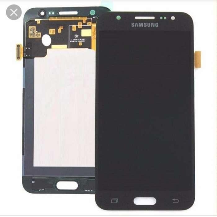Display Samsung J5