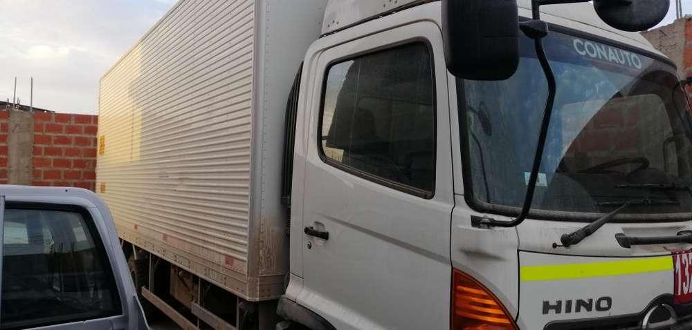 Vendo Camion Furgon