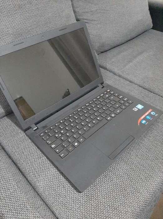 Notebook Lenovo 4gb de Ram Y 500gb Disco