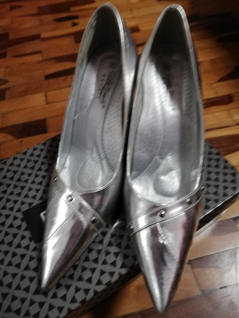 nueva estilos 7726a 815d2 Zapatos Nuevos Plateados Elegantes 38 - Lima
