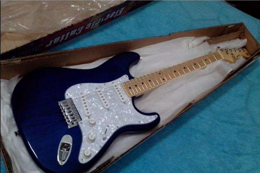 Guitarra Electrica Stratocaster Sx Ash Blue