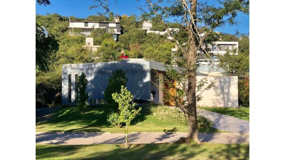 San Jose De Calasanz Lote / N 597 - UD 360.000 - Casa en Venta
