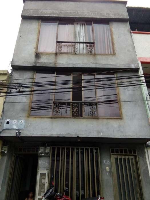 Aproveche Gangazo casa de 4 pisos con 3 Apartamentos independientes