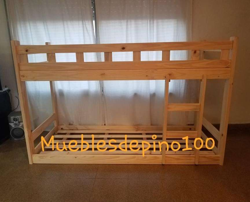 Cama Montessori de pino