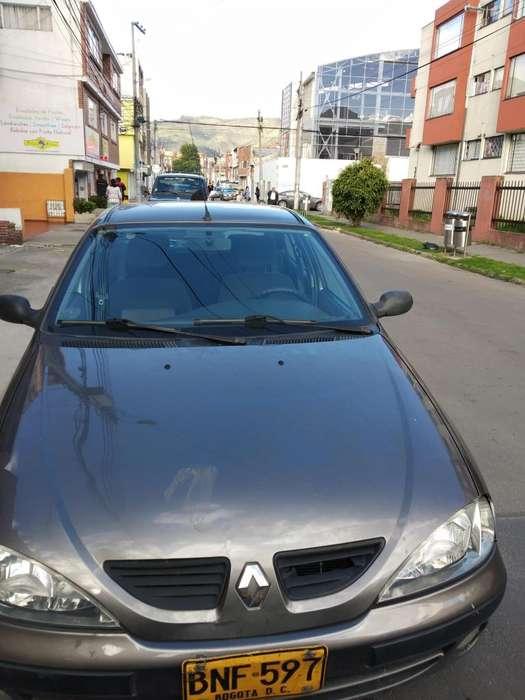 Renault Megane  2004 - 100000 km