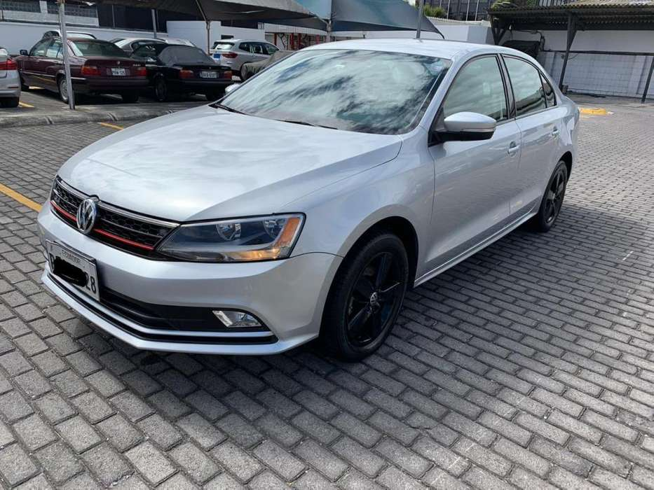 Volkswagen Jetta 2016 - 43000 km