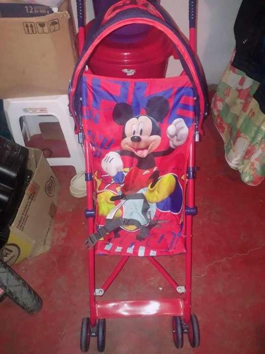 Paseador De Mickey mouse
