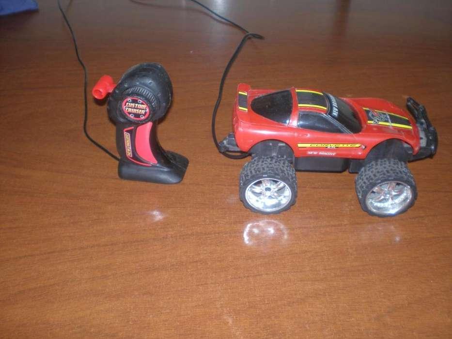 auto a control remoto con cable juguete usado corvette