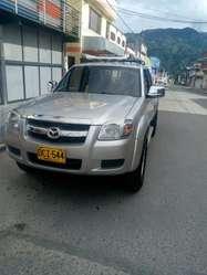 Ganga Vendo Bt50 4x4 Gasolina 2009